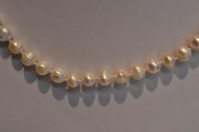 "8: 32"" Freshwater Pearl Necklace & Earrings"