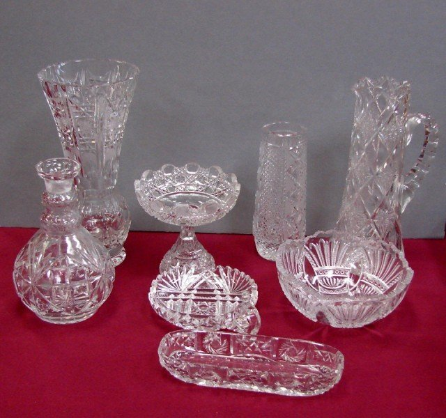 15: Lot of 8 pcs of Cut Crystal: vases, bowl, pitcher