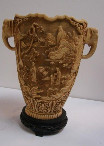 50: Heavy Chinese Vase with Elephant Handles - 3