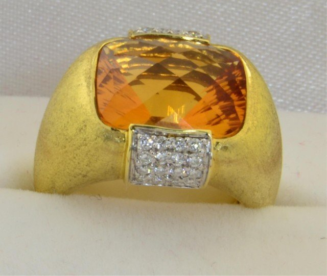 228: 18k yg Ladies New York Designer Citrine Ring - 4