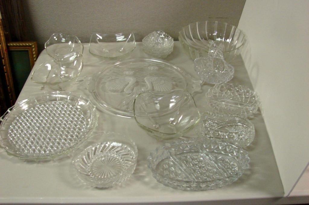 15: Vintage Glassware - Serving plates, bowls, etc.