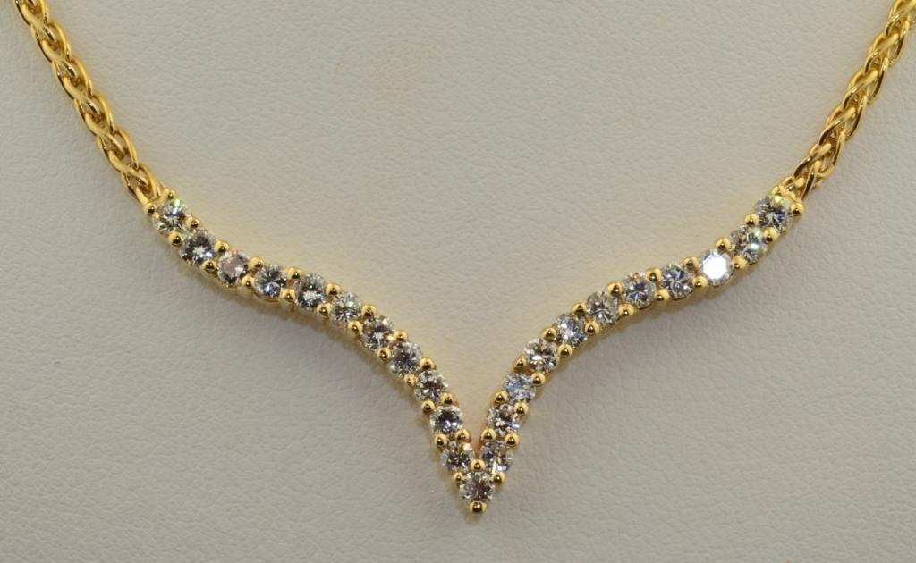 """14A: 14k yg  """"V"""" Shape Diamond Bar Necklace"""