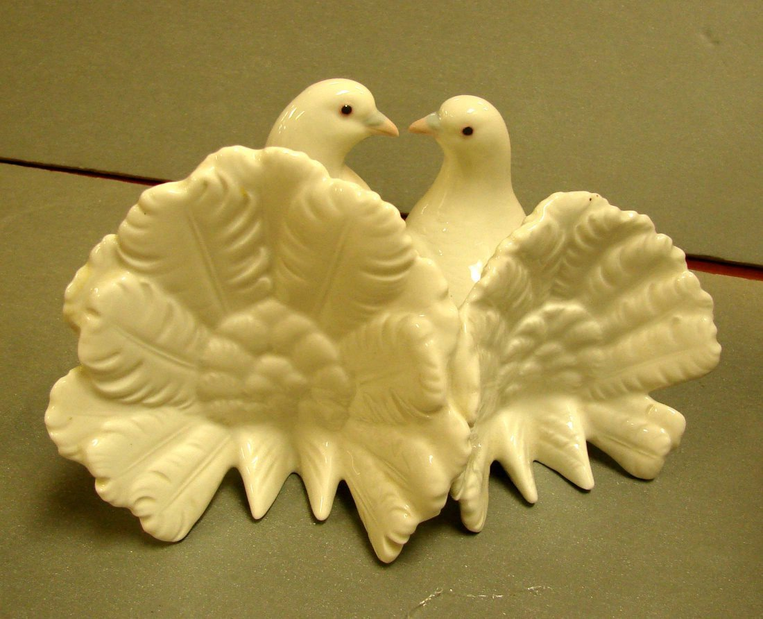224: Lladro Couple of Doves Kissing #1169 - 3