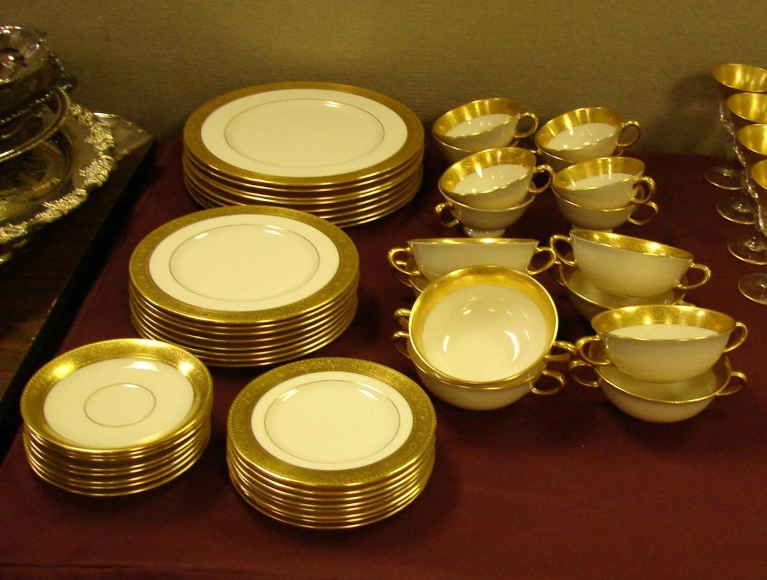 233: Lenox Westchester China Service for 8 +cream soup