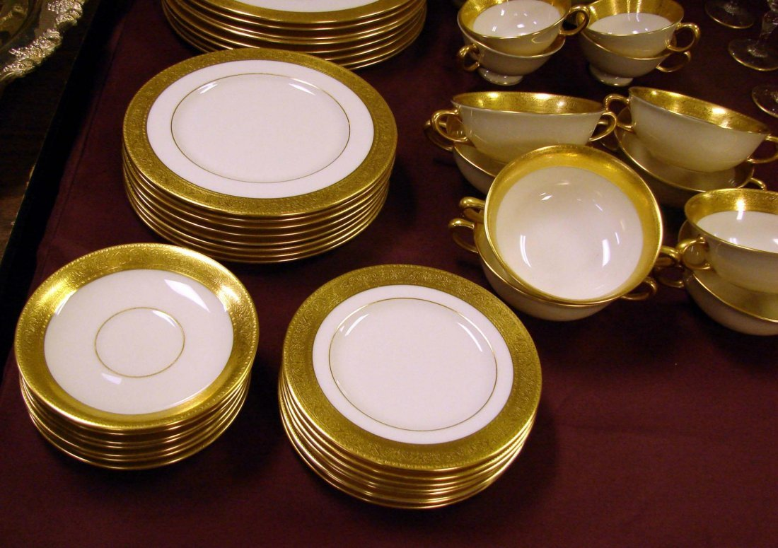 233: Lenox Westchester China Service for 8 +cream soup - 2