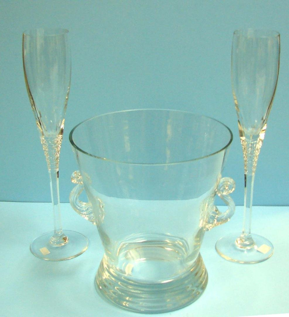 10: Crystal Ice Bucket & 2 Crystal Champagne Flutes