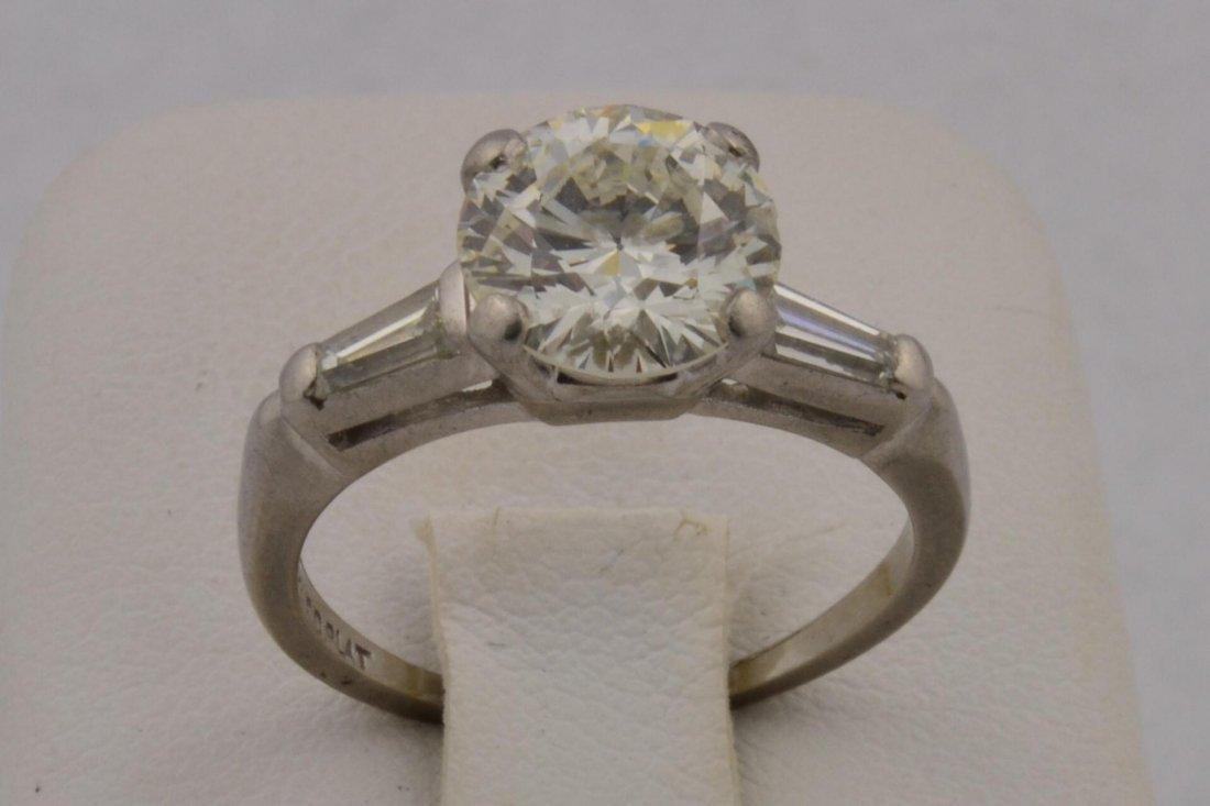 15: Lady's 1.90ct Diamond  Platinum Ring