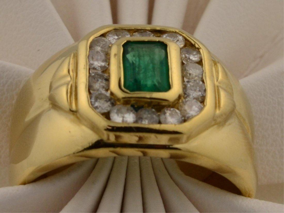 16: 14k yg  Mans Emerald & Diamond Ring