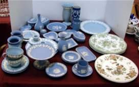 274: Lot of Wedgwood: Jasperware, Queensware, etc.