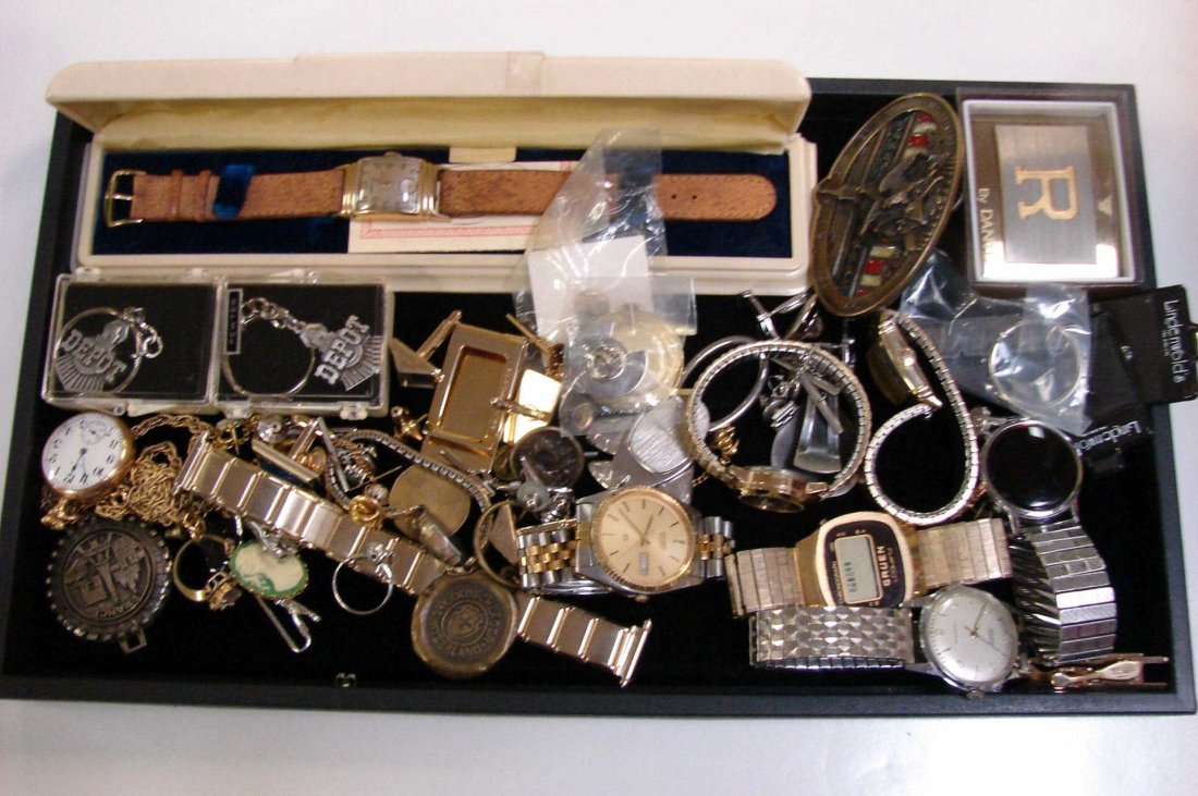 5: Lot of Vintage Watches, Cufflinks, key chains, etc