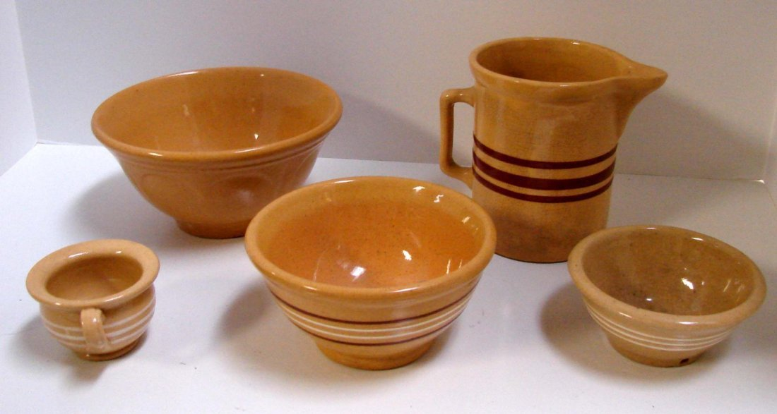7: 4 Small Vintage Yellow ware Bowls & 1 Pitcher