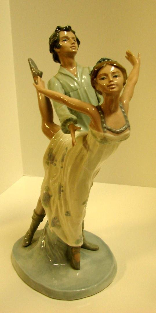 12: Nao by Lladro Male & Female Ballerinas