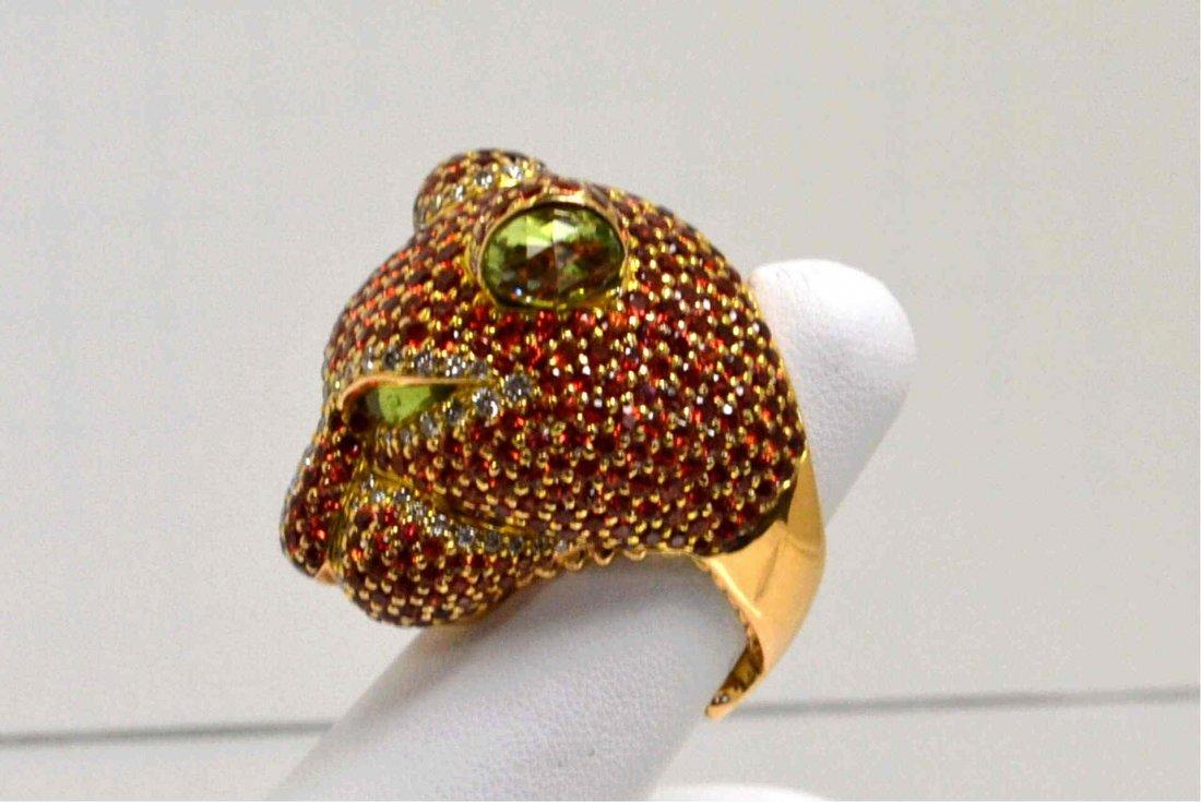 18kyg Garnet & Diamond Jaguar Ring