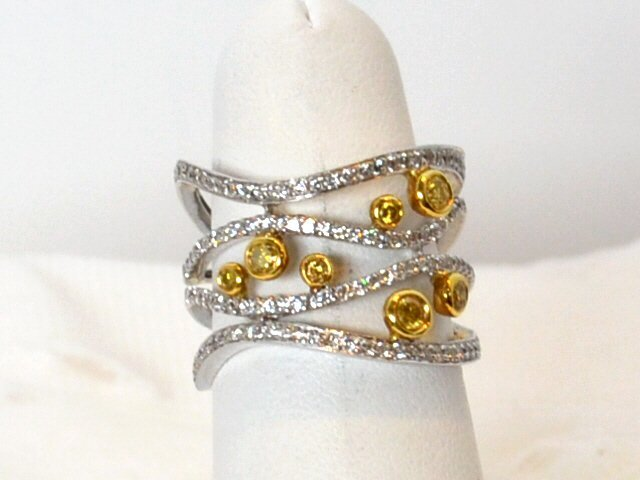 18kwg Diamond Fashion Ring .83ctw