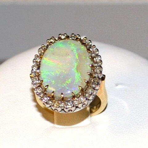 14k 2tone Opal & Diamond  Ring