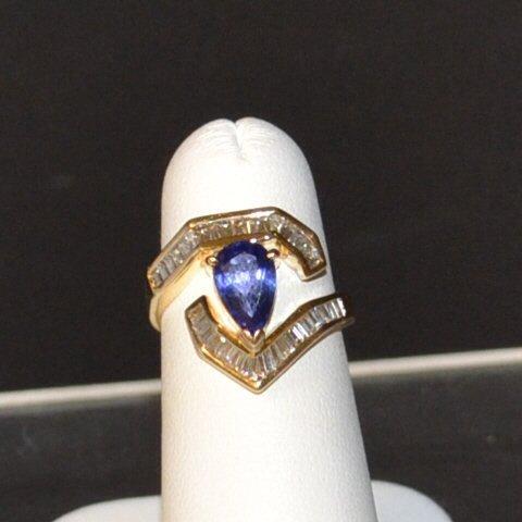 14kygTanzanite & Diamond Ring