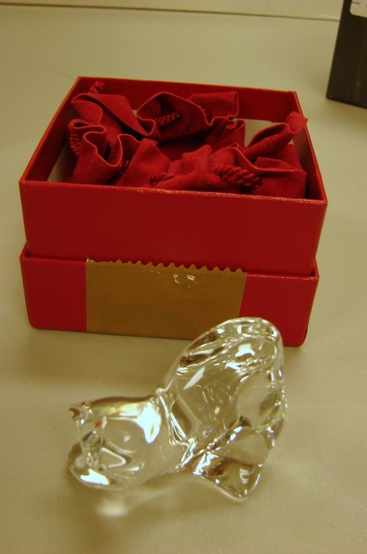 Baccarat Playing Cat - clear crystal