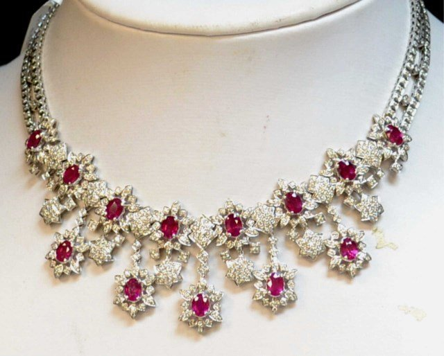 18kwg ruby & Diamond Necklace 15ctw