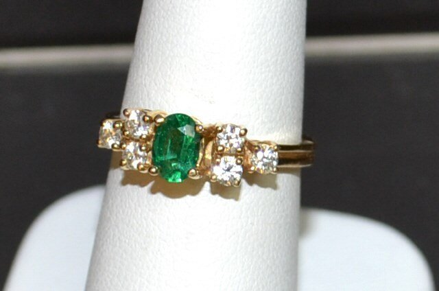 14kyg Emerald & Diamond Ring