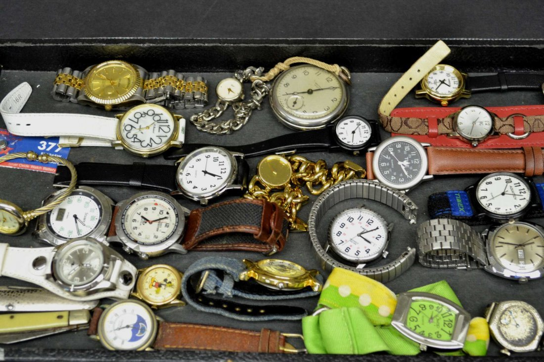 Lot of Fashion Watches