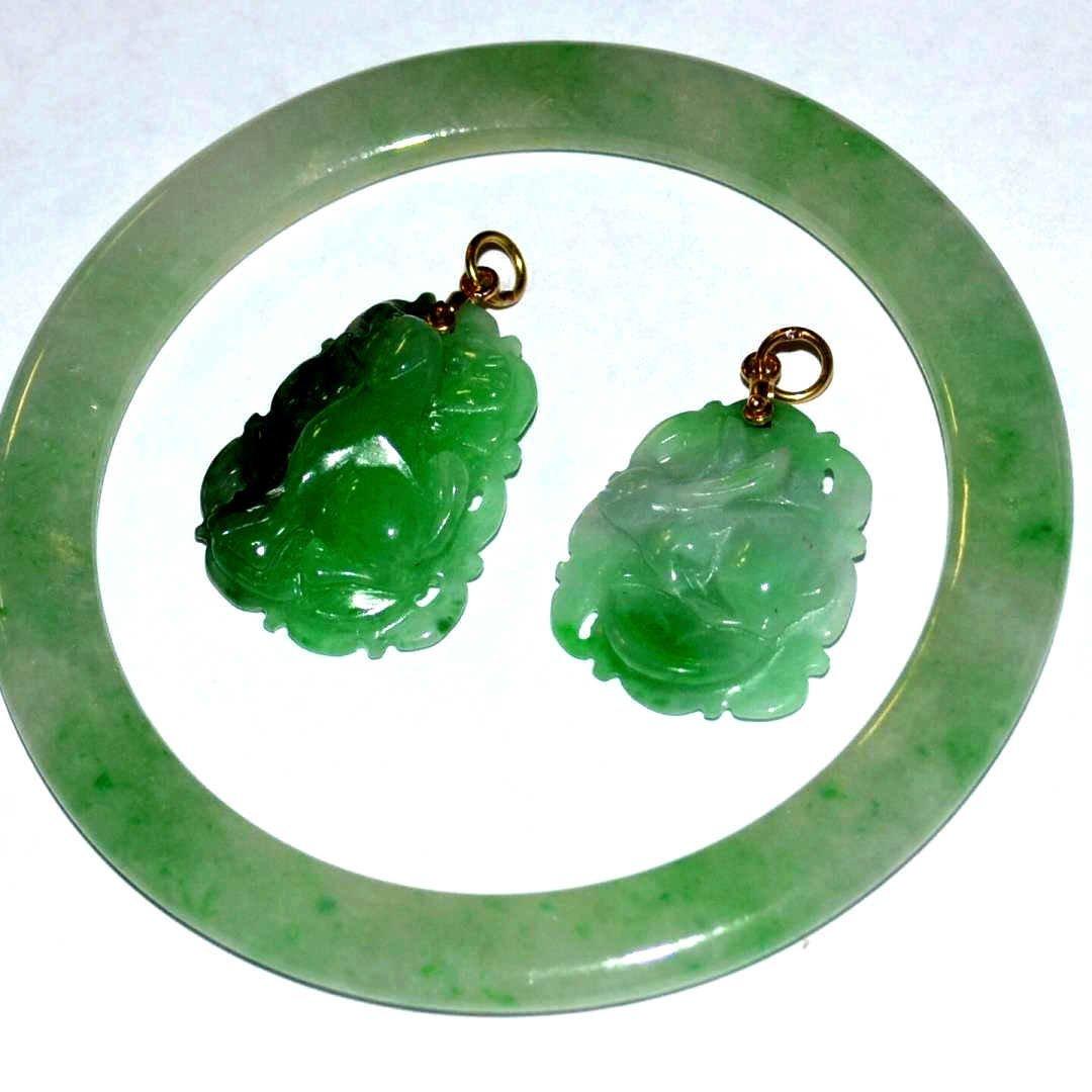 Green Jade Bangle & Pendants