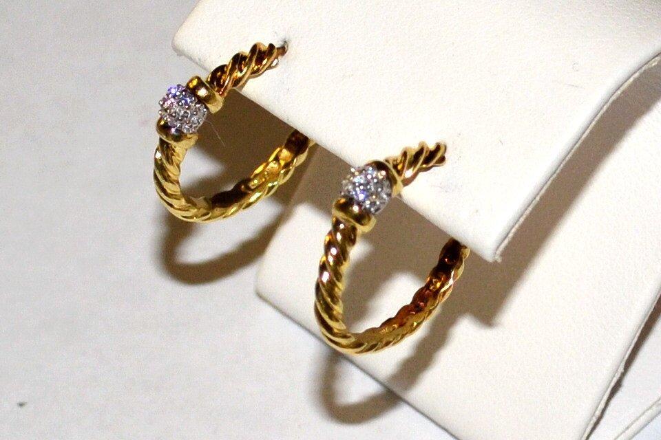 18kyg David Yurman Diamond Hoop Earrings
