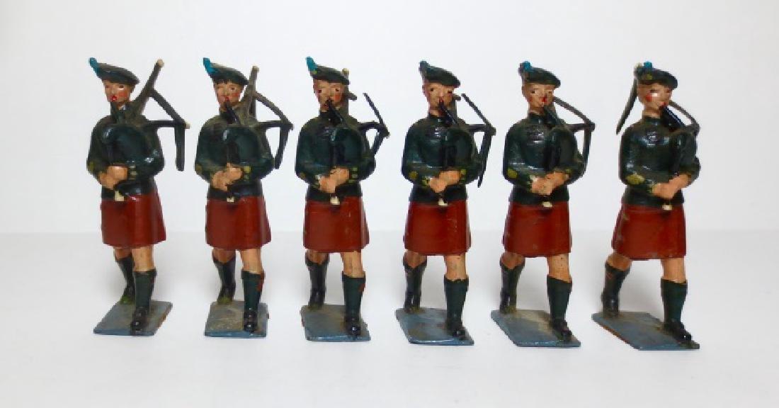 Britains Irish Pipers Set #2096