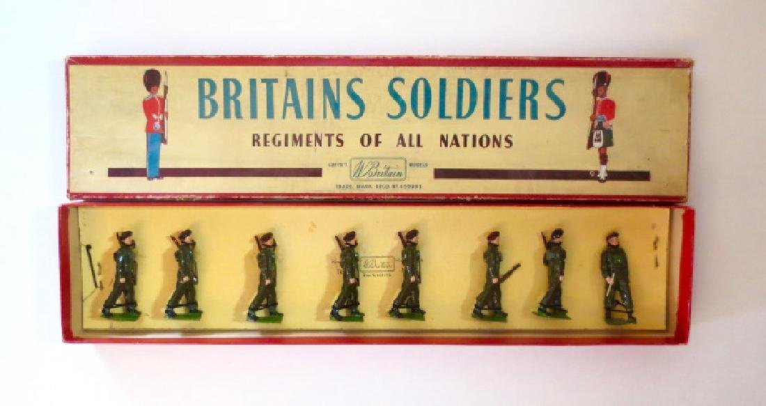 Britains Airborne Infantry Set #2010