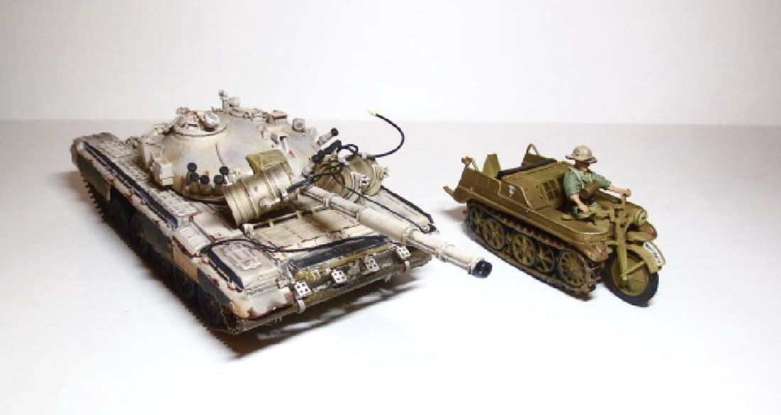 Collectors Showcase & Unimax Military Vehicles