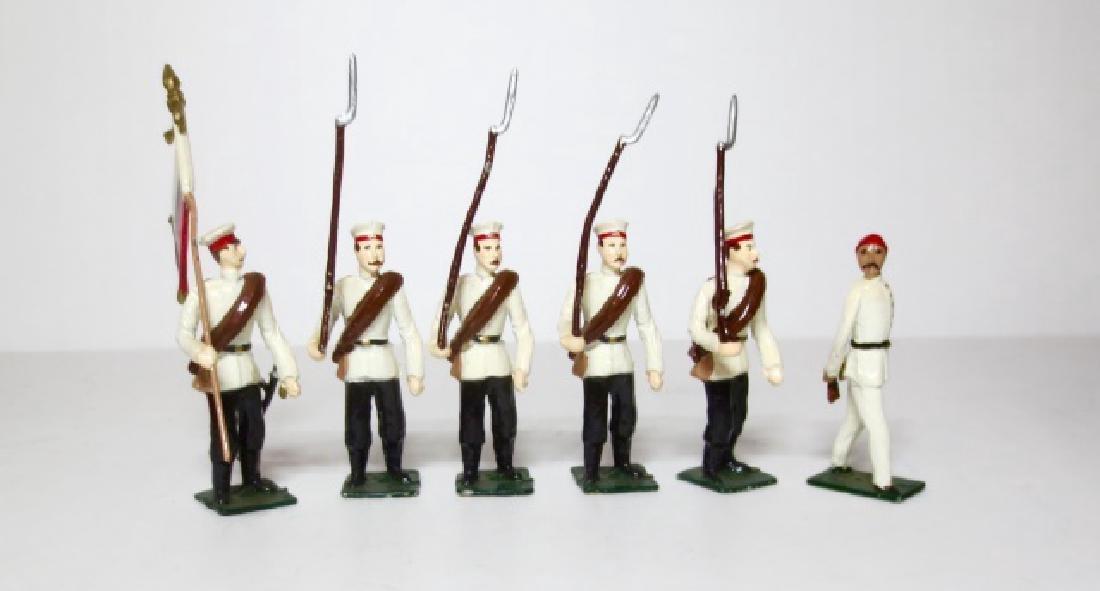 Maker Unknown Infantry with Prisoner