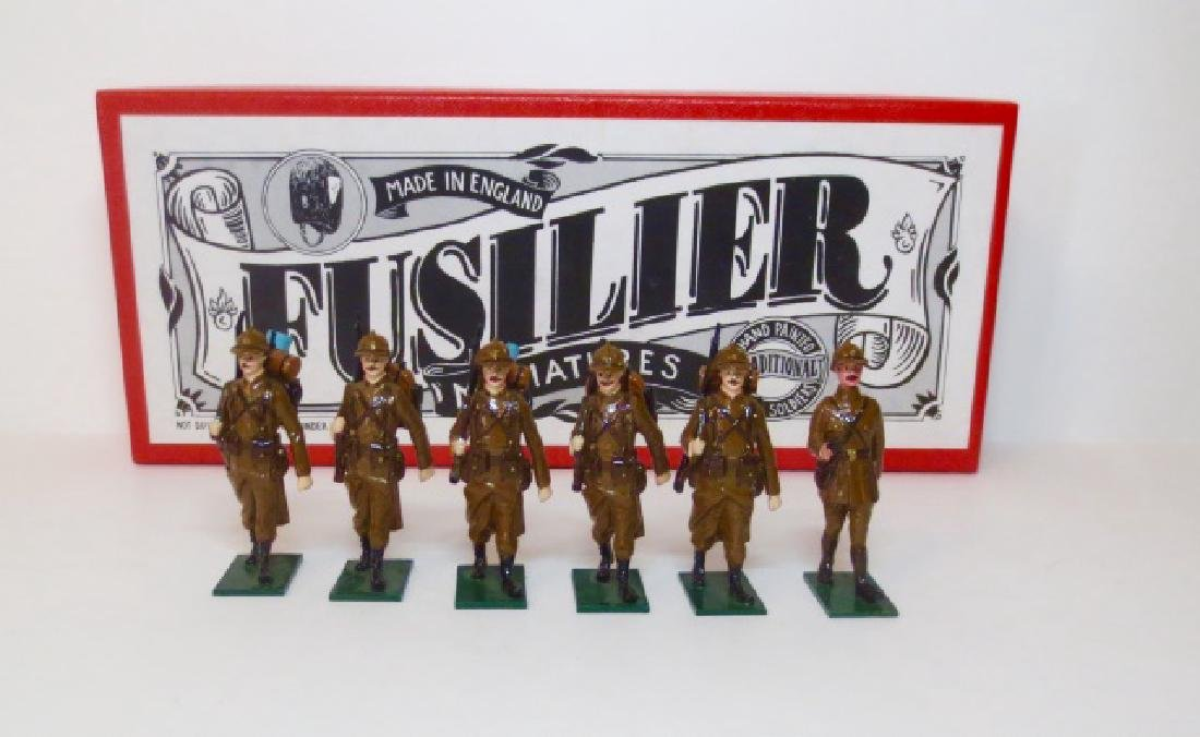 Fusilier WW1 Belgian Infantry Marching Set