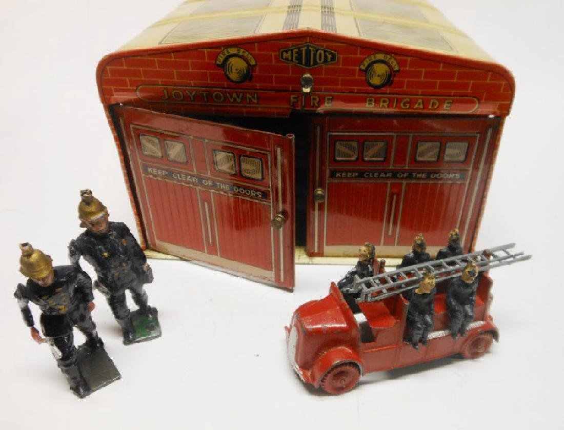 Charbens Fire Engine Mettoy Tin Fire Station