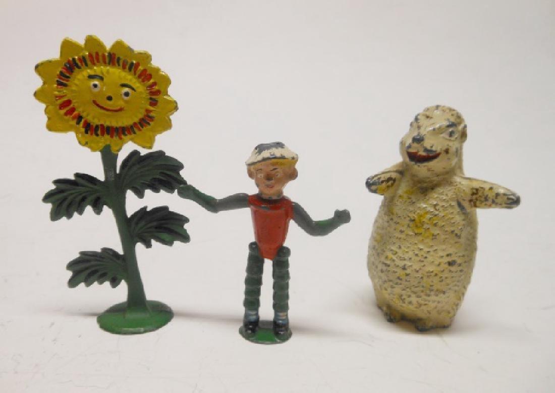 Sacul, Little Weed; Luntoy, Flower Pot Man