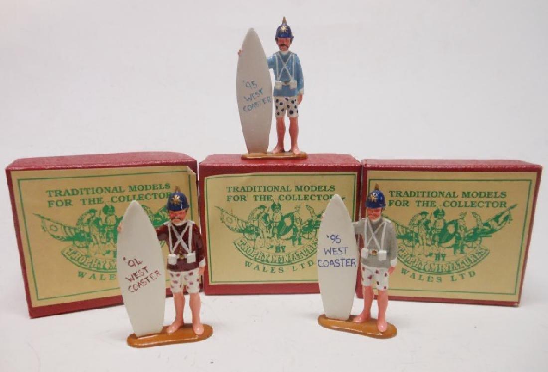 Trophy West Coaster Show Souvenirs
