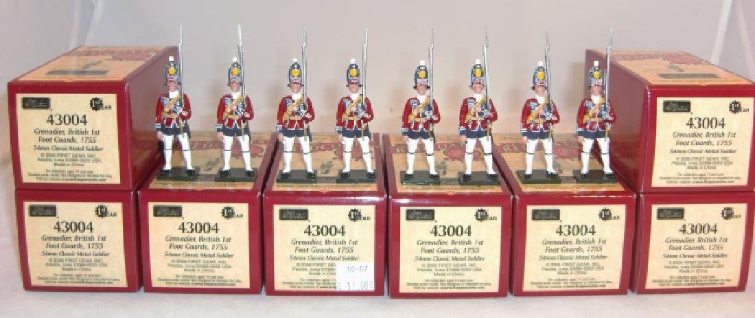 Britains Redcoats 8 x #43004 Grenadier