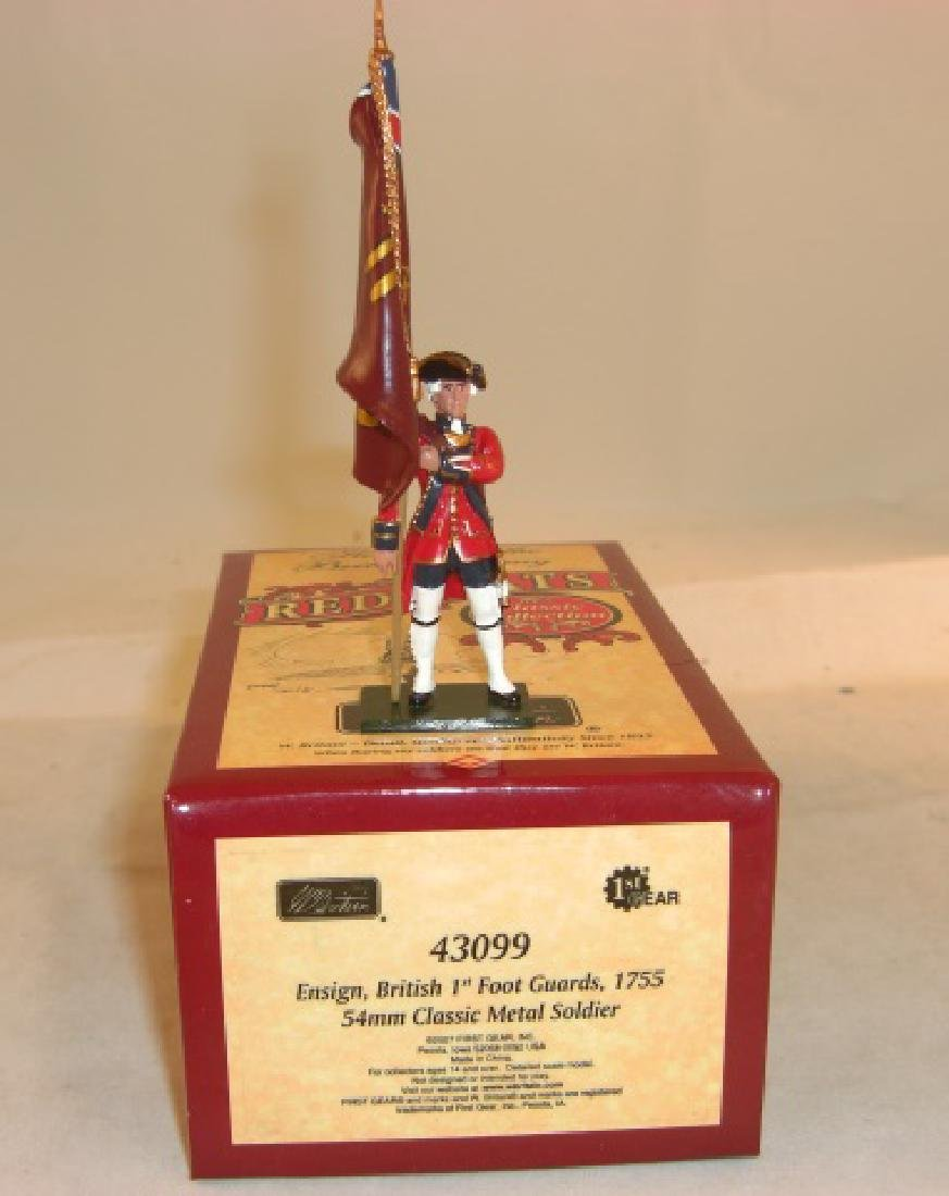 Britains Redcoats #43099 Ensign