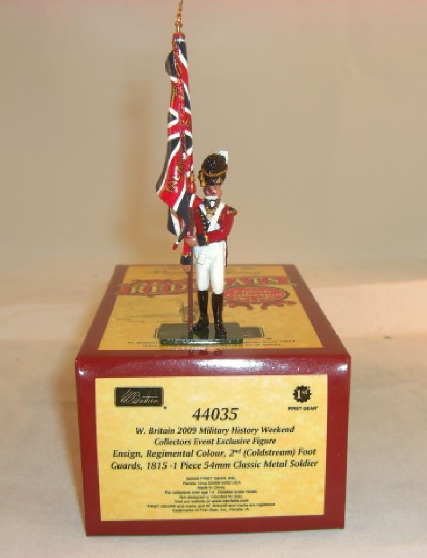 Britains Redcoats #44035 Ensign