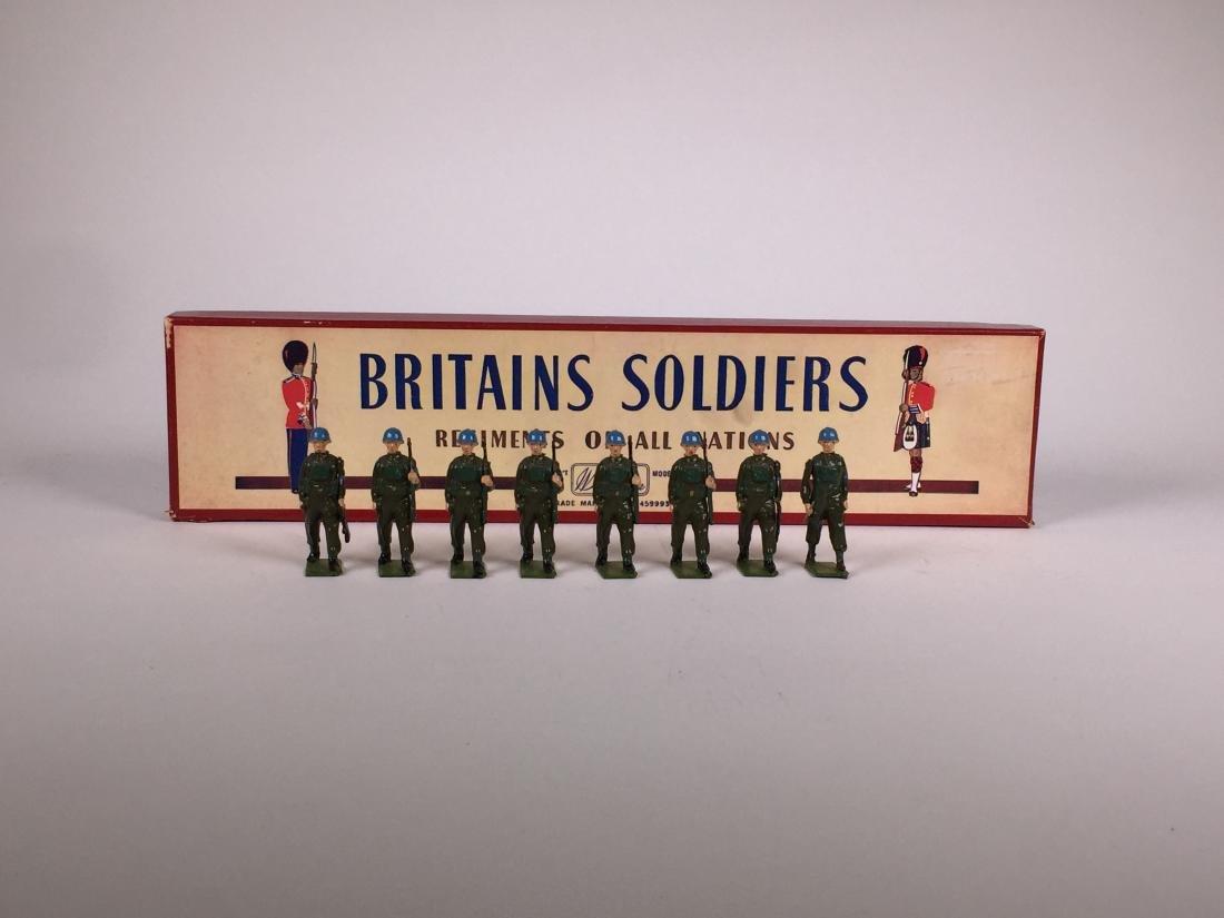 Britains Set #2115 RARE United Nations Infantry