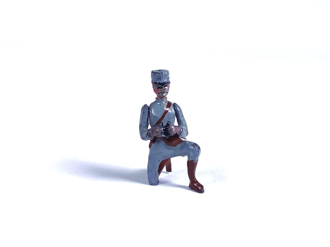 Britains Paris Office Kneeling Officer