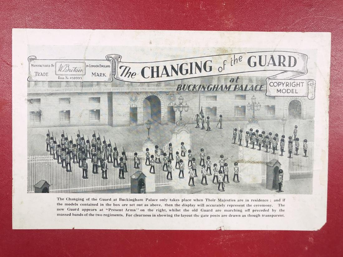 Britains Set #1555 Changing of the Guard - 3
