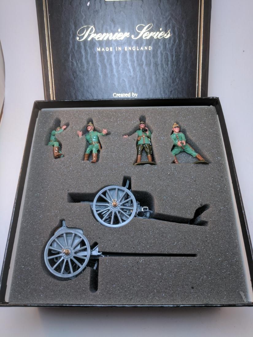 Britains Premier 8924 German 7.7 Gun Limber & Crew