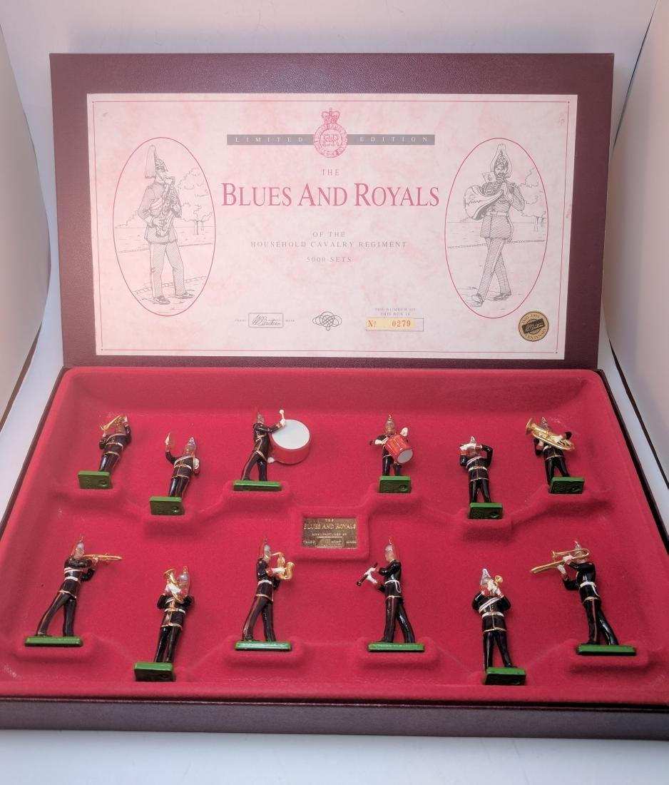 Britains 5293 Blues and Royals