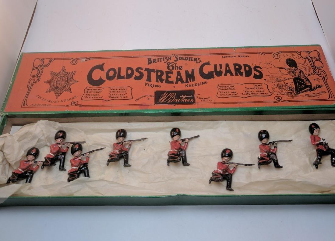 Britains 120 Coldstream Guards Kneeling Firing