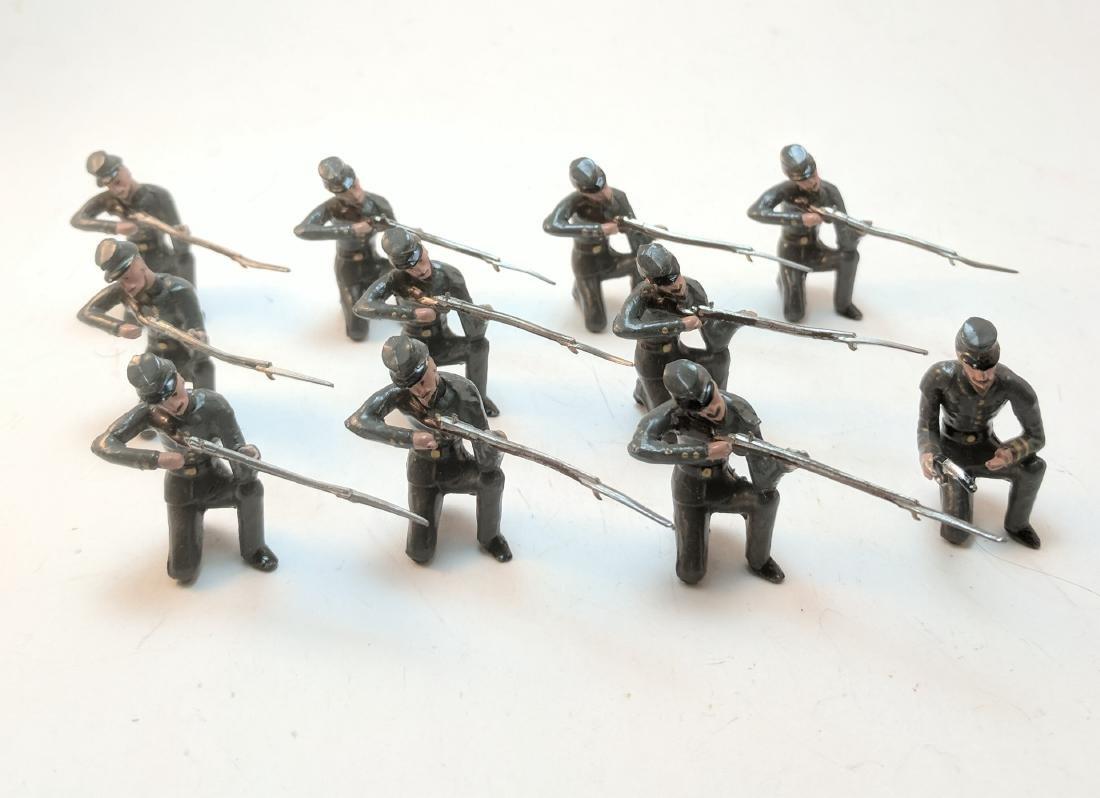 Mignot Confederates Kneeling Firing