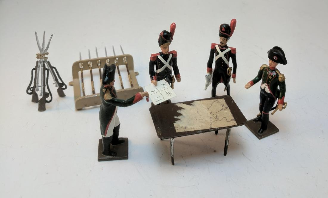 Mignot Napoleonic Officers Reading Map