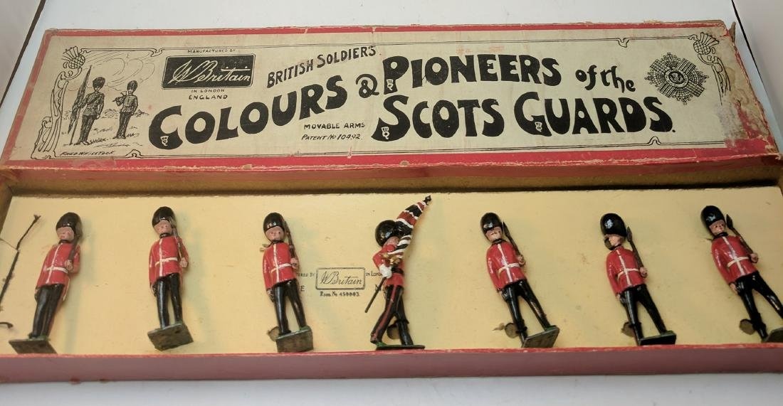 Britains 82 Colors & Pioneers