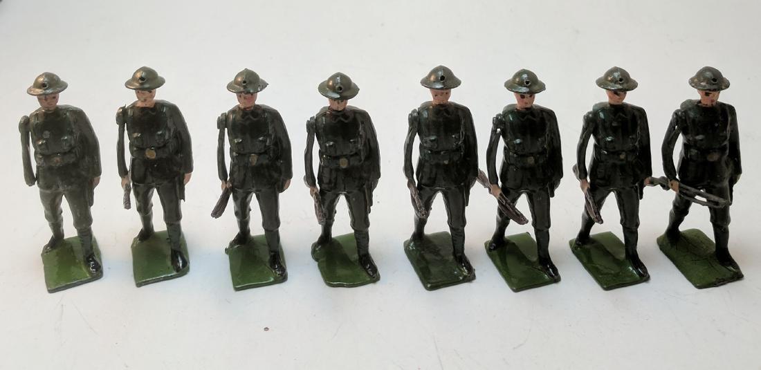 Britains British Infantry at Trail