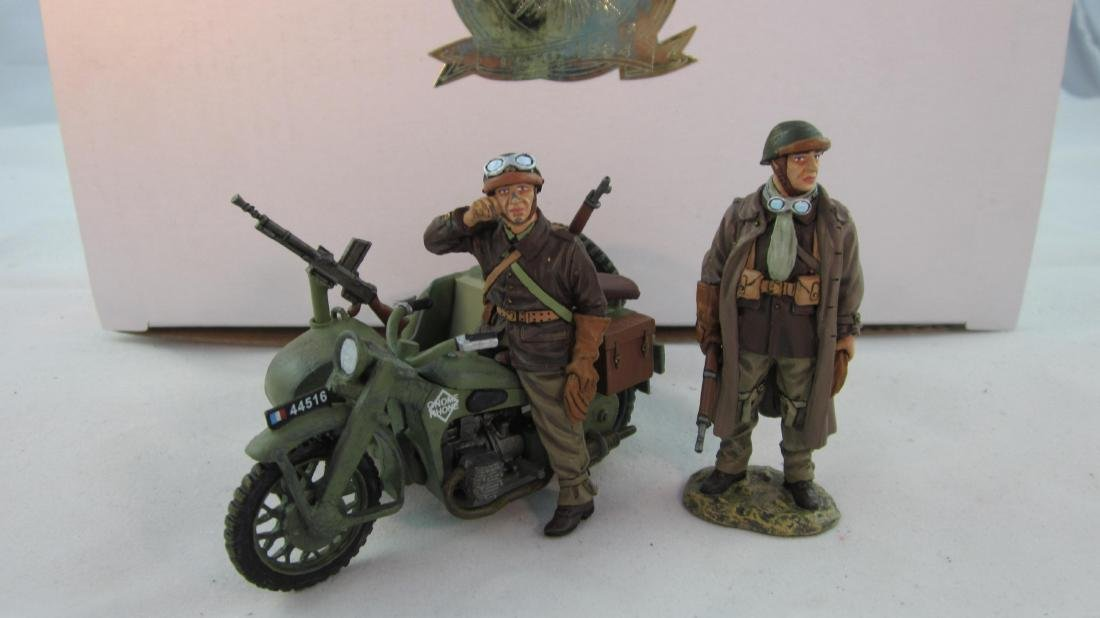 King & Country #FOB045 French Motor & Sidecar