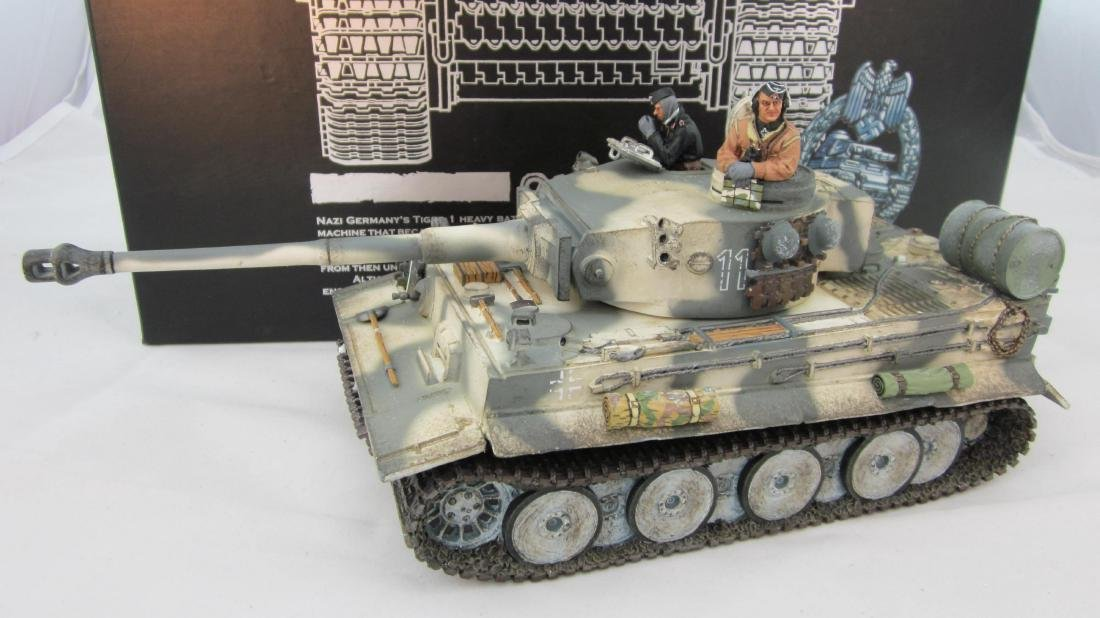 King & Country #WS177 Snow Tiger Tank & Crew