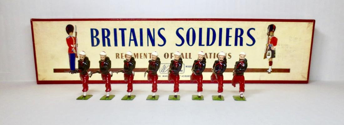 Britains Set #142 Zouaves Charging
